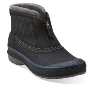 Clark's- Women's Muckers Slope Snow Boot - Size 6